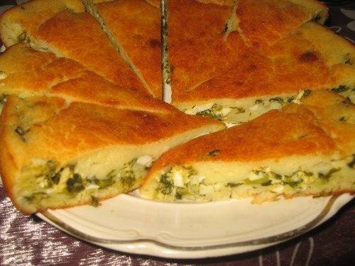 Как приготовить простой и вкусный наливной пирог с яйцом и луком
