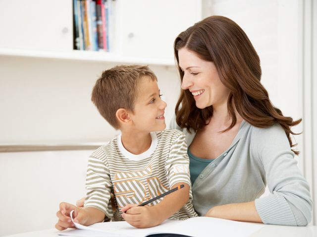 Уроки сыну мамины