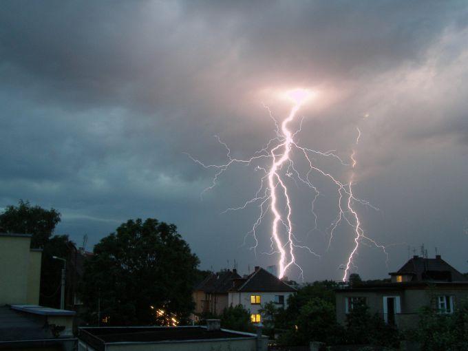 storm, thunderbolt
