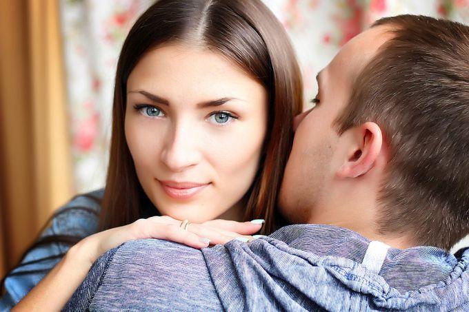 Нравятся ли мужчинам чувственные в сексе девушки