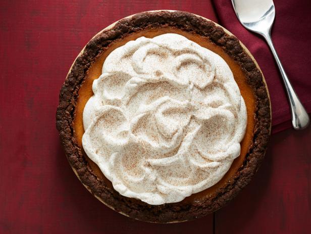 Как испечь тыквенный пирог с имбирным коржом