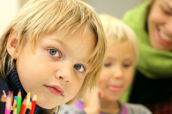 Как научить ребенка любить искусство