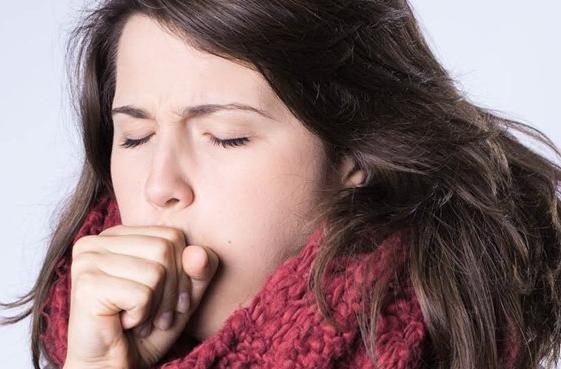Как лечить влажный кашель народными средствами