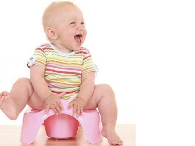 Как ненавязчиво приучить ребенка к горшку. 7 способов