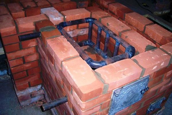 Отопительная печь в загородном доме своими руками