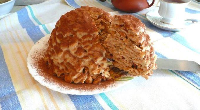 Как приготовить торт из печенья в форме рыбок на скорую руку без выпечки