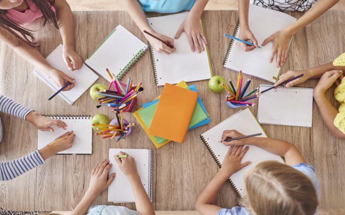 Как готовить детскую руку к письму
