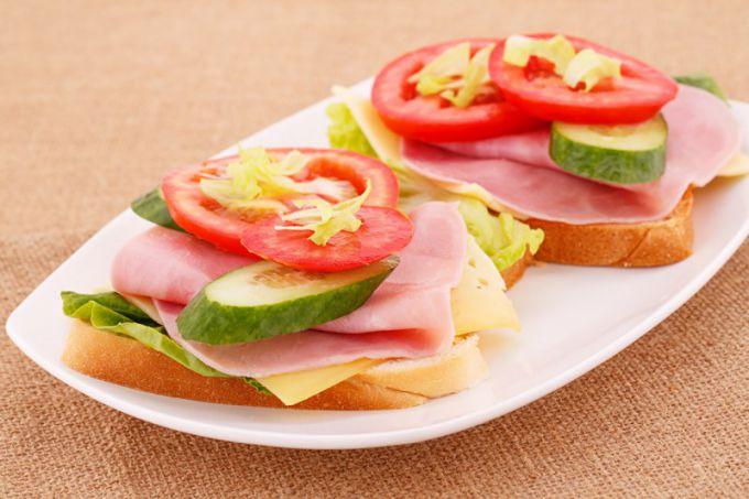 Бутерброды на скорую руку: рецепты с фото для легкого приготовления