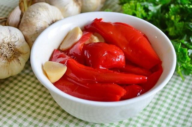 Перец с чесноком на зиму: пошаговые рецепты с фото для легкого приготовления