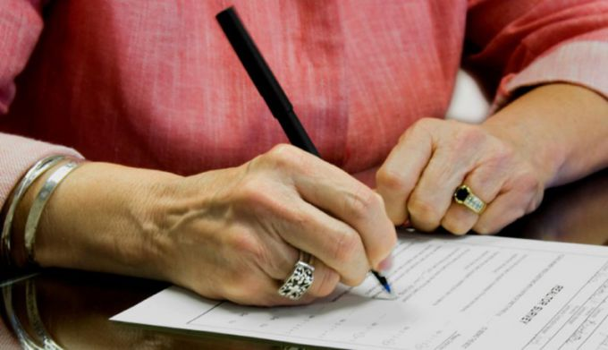 Имеет ли жена право на наследство на имущество, купленное до брака