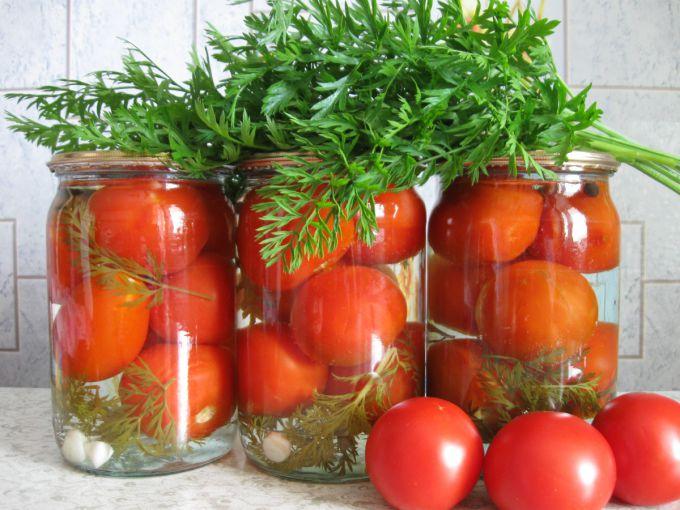 Помидоры с морковной ботвой на зиму: пошаговые рецепты с фото для легкого приготовления