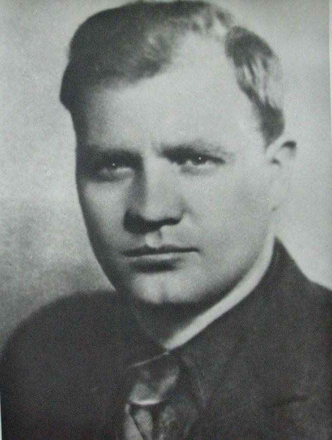 Молодцов Владимир Александрович (5.06.1911-12.07.1942)