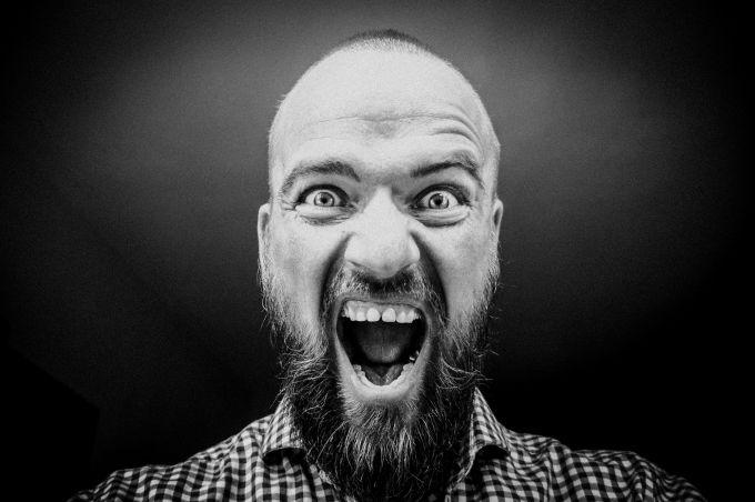 Почему кричит муж — Проблемы в браке