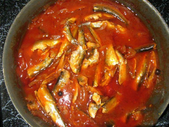 Килька в томате - популярная закуска