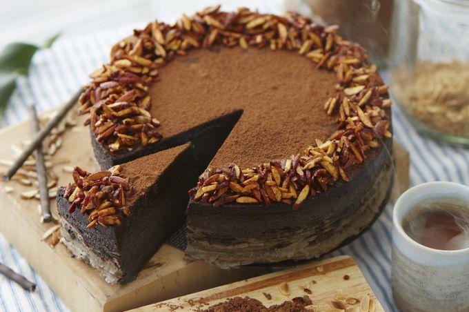Как приготовить блинный торт с шоколадным муссом