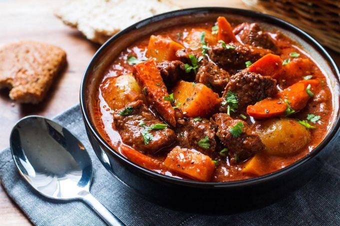 Жаркое из говядины в мультиварке: пошаговые рецепты с фото для легкого приготовления