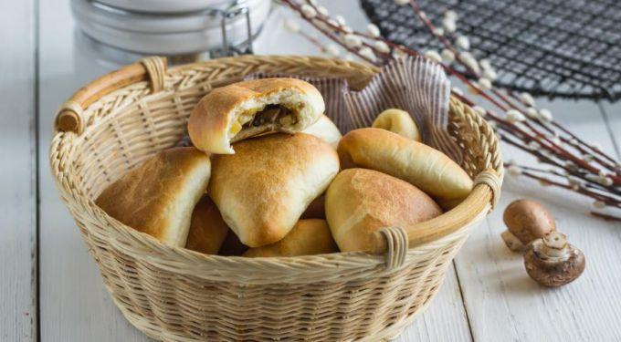 Пирожки из грибов: пошаговые рецепты с фото для легкого приготовления