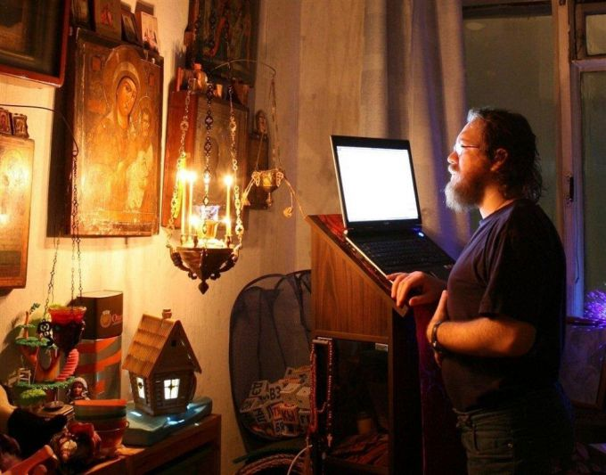 Молитва за компьютером