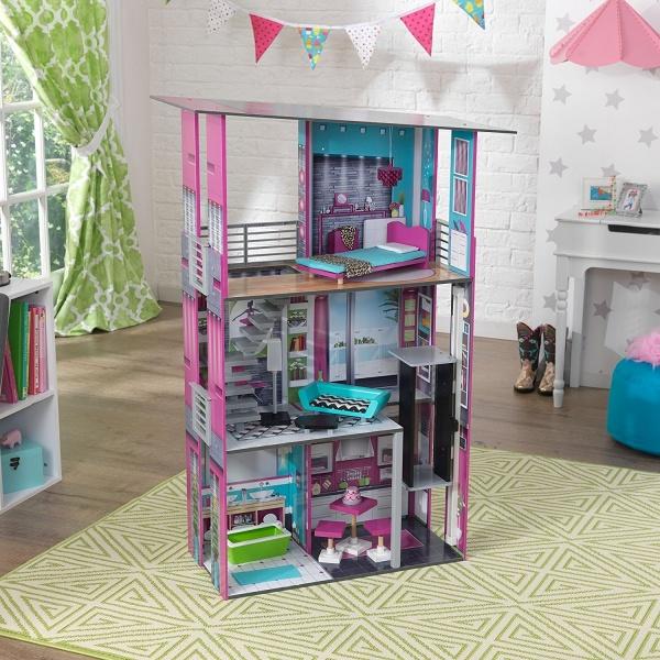 Делаем домик для Барби своими руками