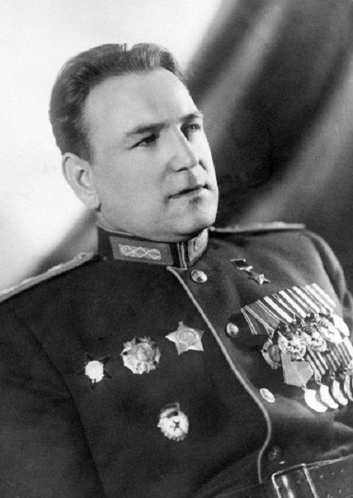 Анатолий Голубов