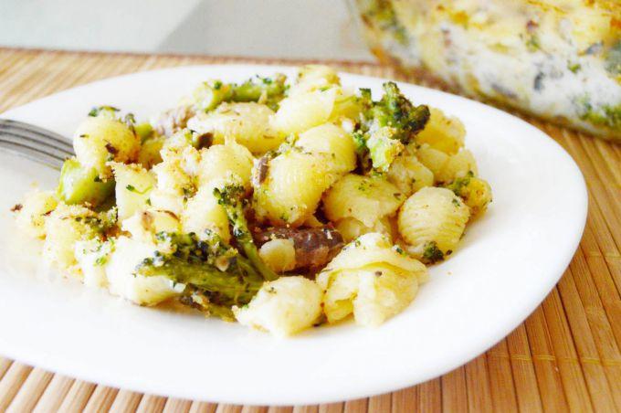 Запеченные макароны с брокколи и тунцом: пошаговый рецепт с фото