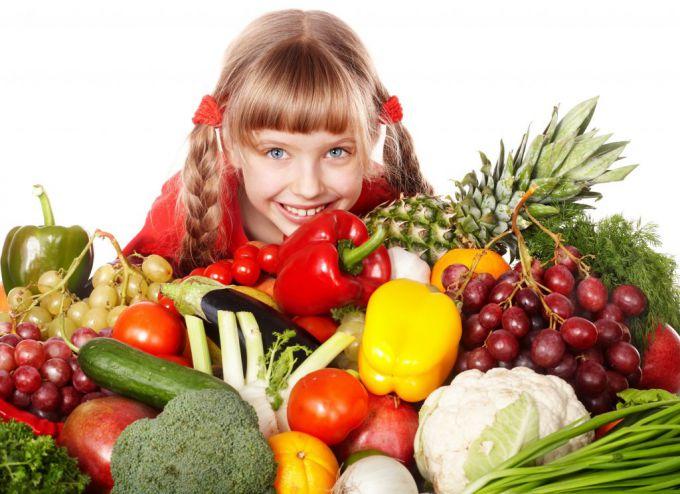 Чем кормить ребенка, чтобы укрепить его иммунитет