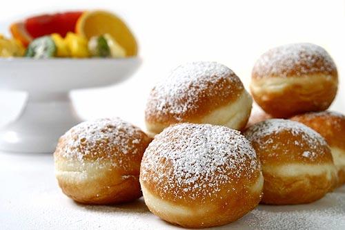 Как приготовить вкусные пышки к завтраку
