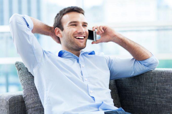 Как сотовый  телефон влияет на здоровье человека