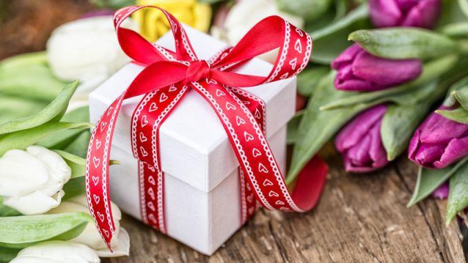 Как удивить маму на 8 марта своим подарком