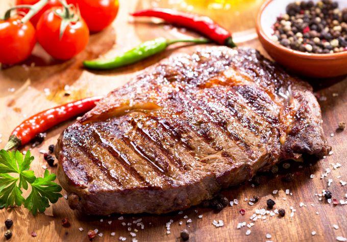 стейк из свинины в духовке на гриле