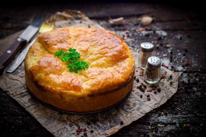 Как испечь пирог с куриной печенью