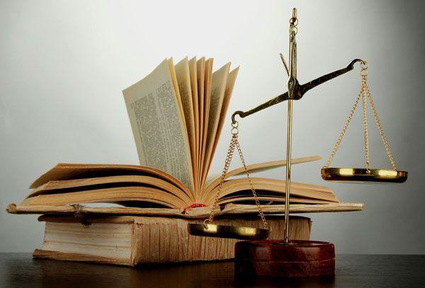 Как выучиться на адвоката после  класса