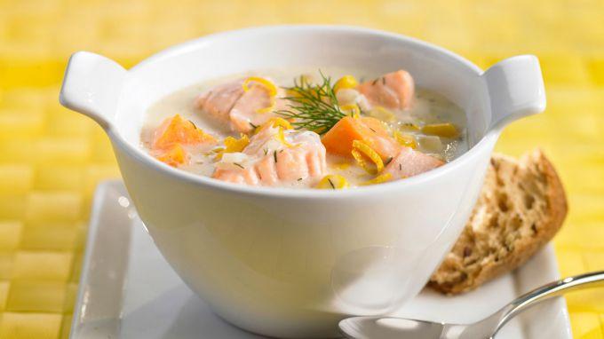 Финский суп с лососем и сливками
