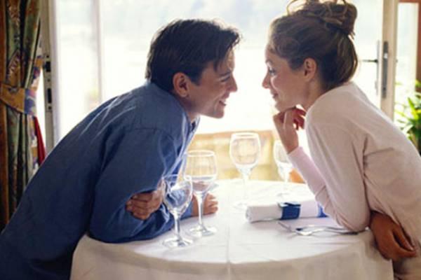 На какое поведение мужчины стоит обратить внимание на первых свиданиях