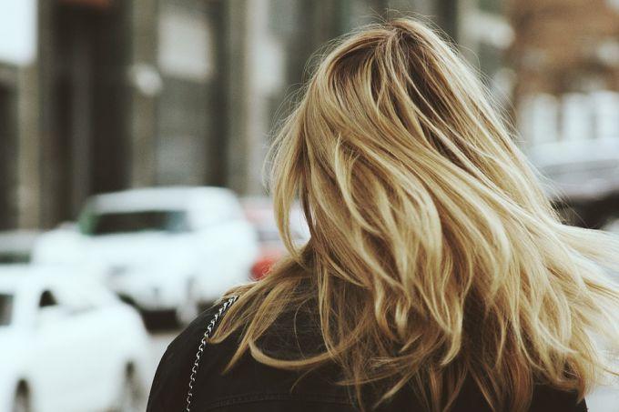 Как сделать волосы здоровыми и красивыми: 5 средств