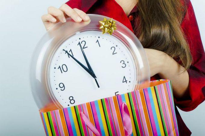 Почему нельзя дарить часы близким людям