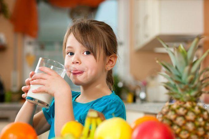 Как приготовить детские коктейли
