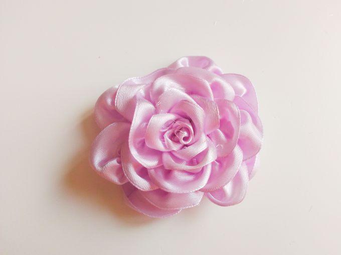 Как  сделать розу кандзаси