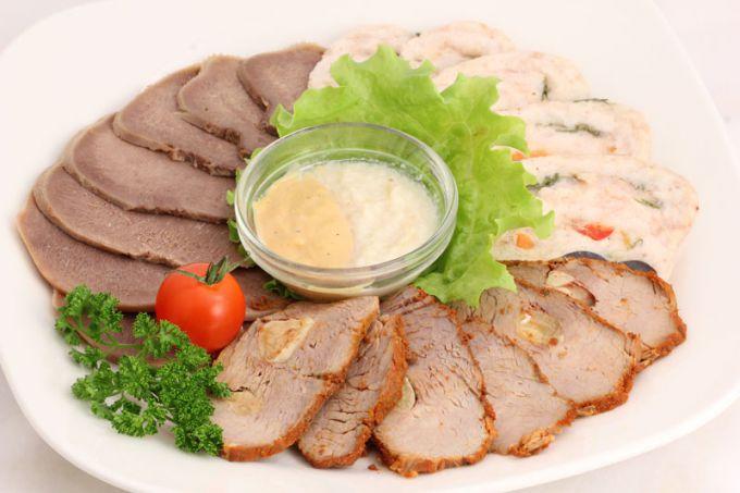 Как приготовить закуску: свинина холодная