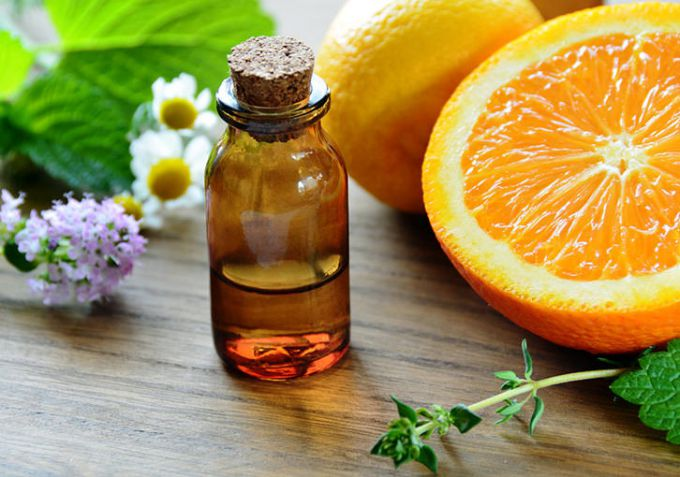 How to prepare face masks with orange oil