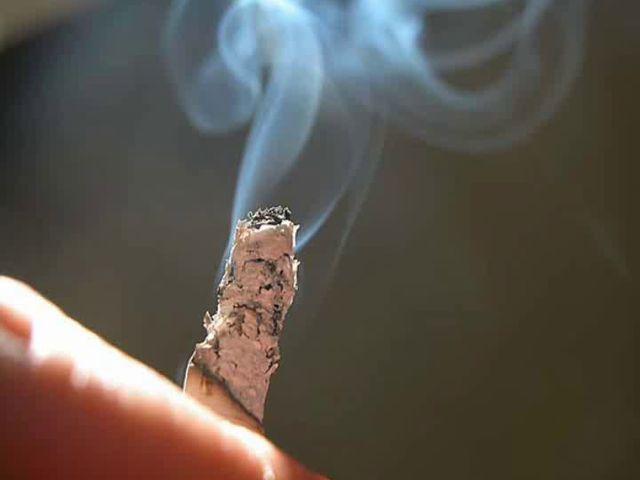 Почему курильщику трудно бросить курить