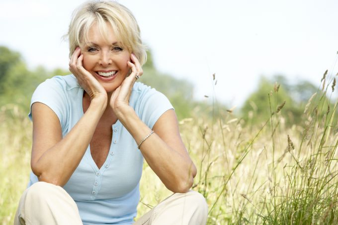 Лечебные травы для женщин в период климакса