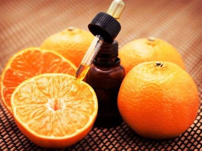 How to use orange hair oil