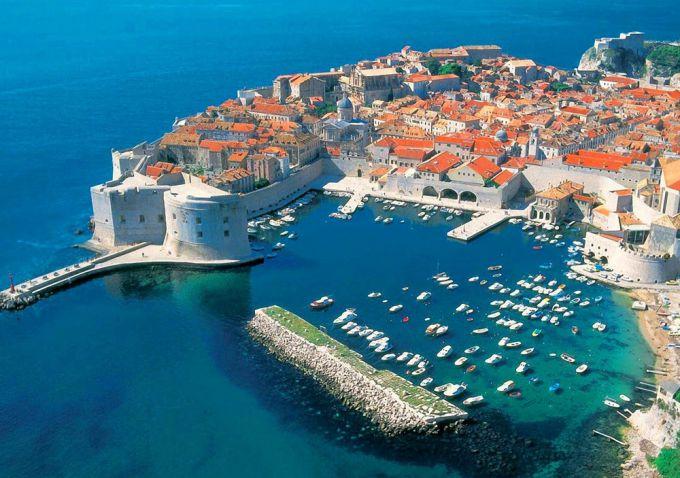 Какие страны расположены на Балканском полуострове