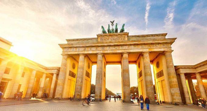 Бранденбургские ворота: описание, история, экскурсии, точный адрес