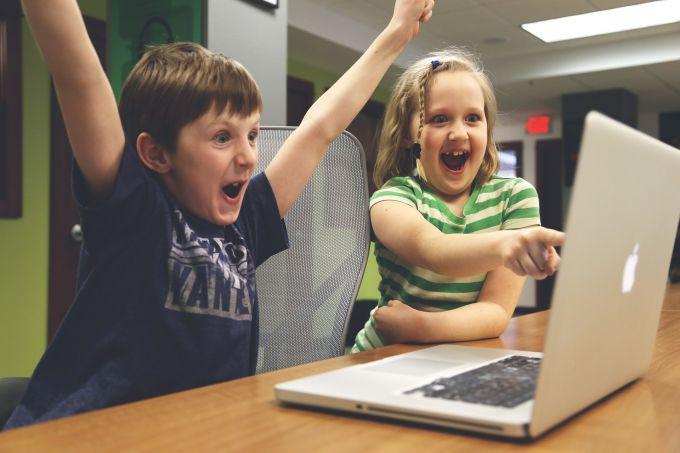 Как учить английский по играм: 8 интересных и полезных сайтов с онлайн-играми для детей