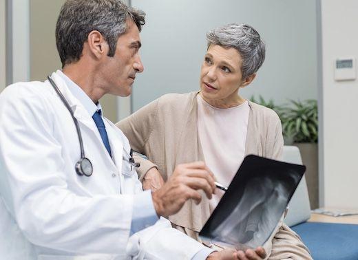 Рак лечат онкологи, а не народные средства