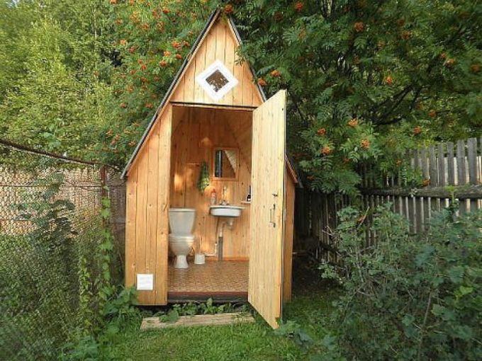 обустройство деревенского туалета