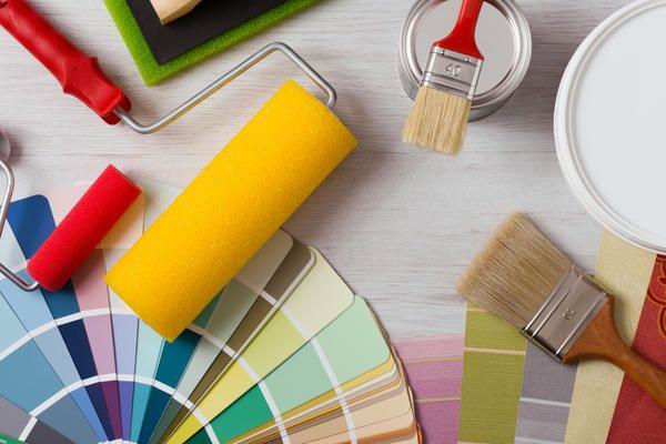 Покраска старой мебели: инструменты и материалы
