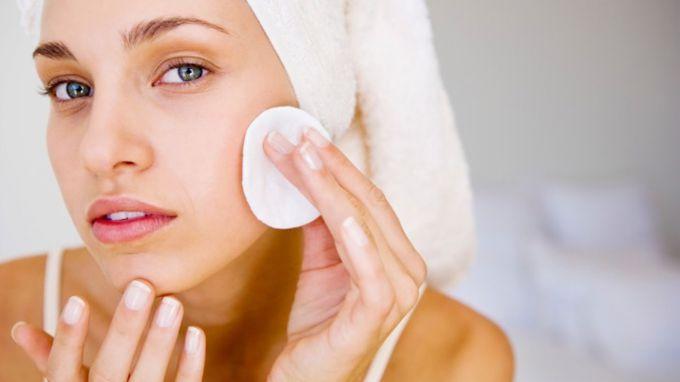 Как очищать кожу лица в домашних условиях